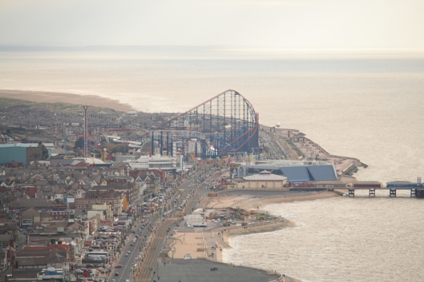 BlackpoolPleasure Beach, Sandvastle and Soiuth Pier